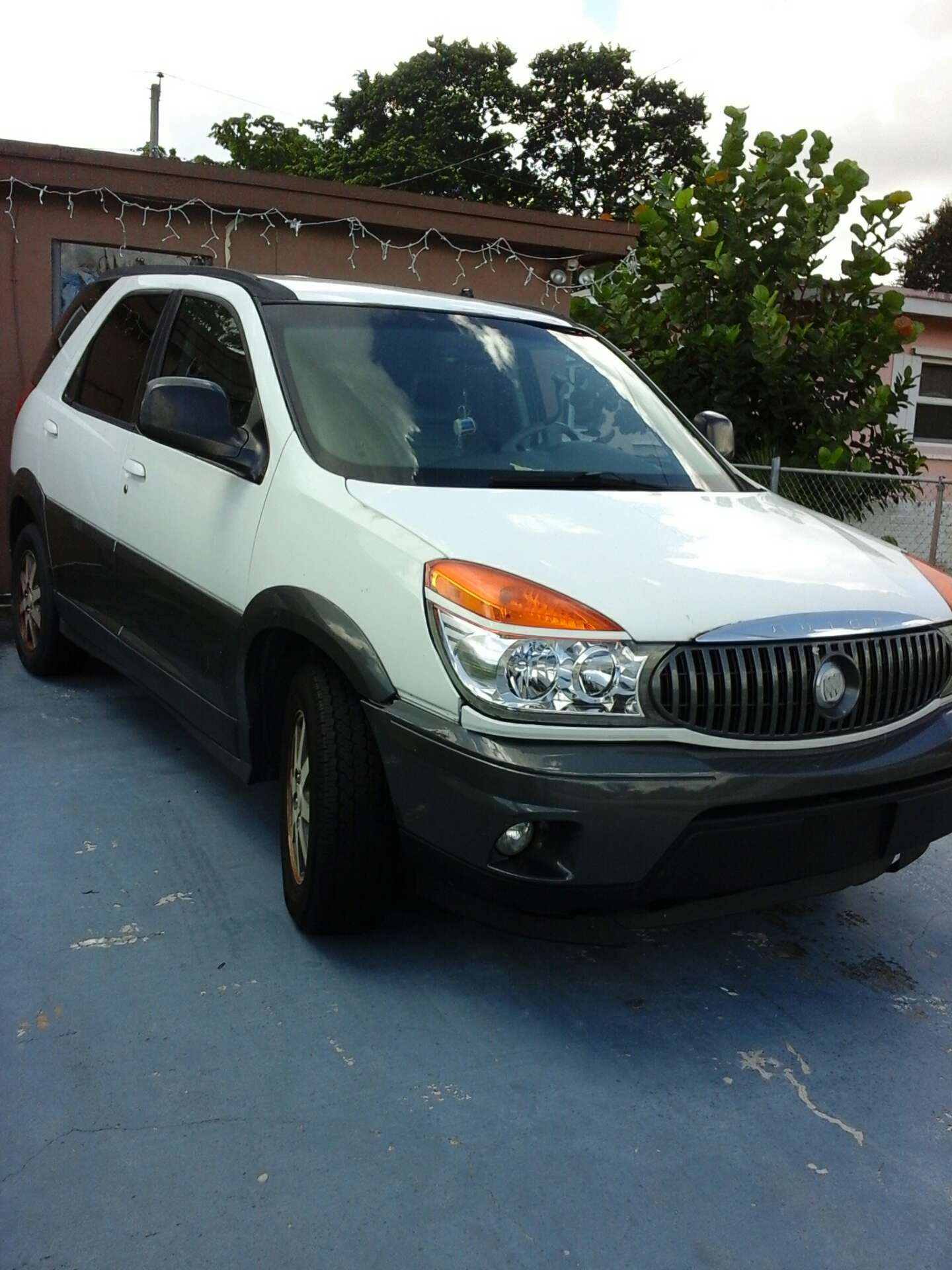 2002 buick rendezvous for sale in miami gardens fl 5miles buy and sell. Black Bedroom Furniture Sets. Home Design Ideas
