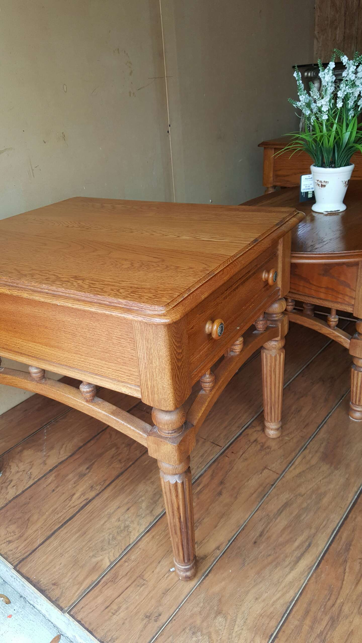 Reduced Coffee Table With 2 Matching End Tables For Sale In Clearwater Fl 5miles Buy And Sell
