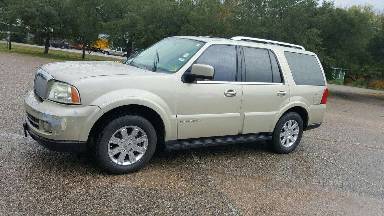 2005 lincoln navigator for sale in pasadena tx 5miles buy and sell. Black Bedroom Furniture Sets. Home Design Ideas