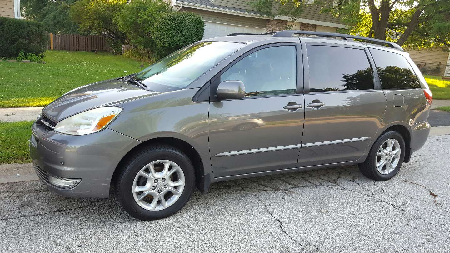 2004 toyota sienna limited edition awd for sale in aurora il 5miles buy and sell. Black Bedroom Furniture Sets. Home Design Ideas
