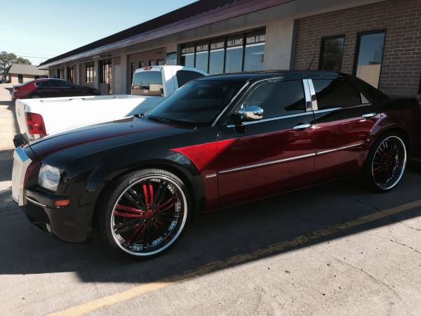 2008 chrysler 300 with candy paint and 24 inch wheels for sale in dallas tx 5miles buy and sell. Black Bedroom Furniture Sets. Home Design Ideas