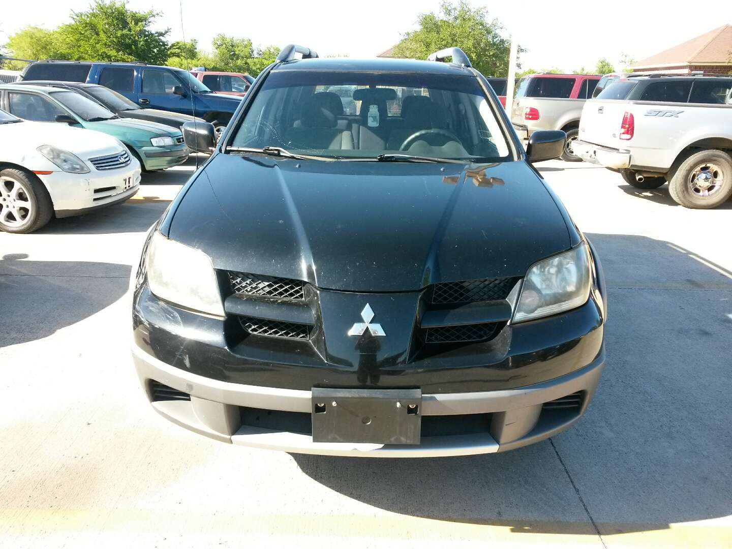 2003 mitsubishi outlander for sale in grand prairie tx. Black Bedroom Furniture Sets. Home Design Ideas