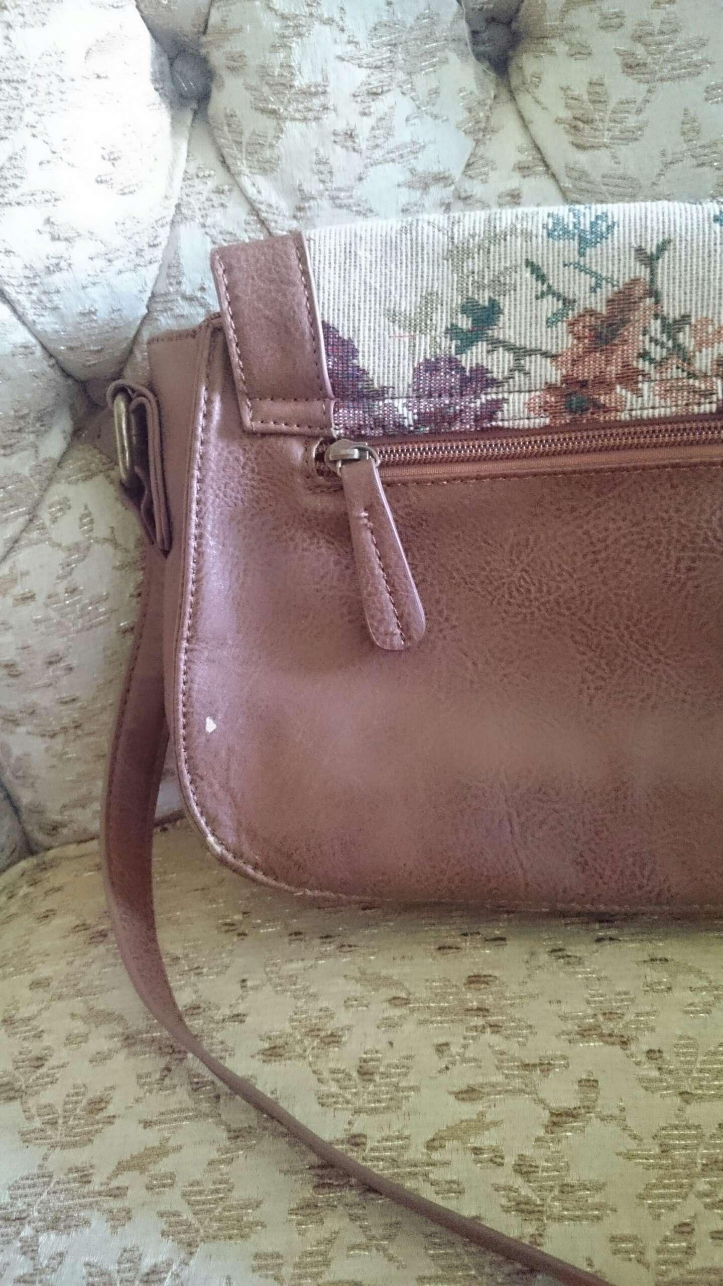 Vintage Inspired Bag 81