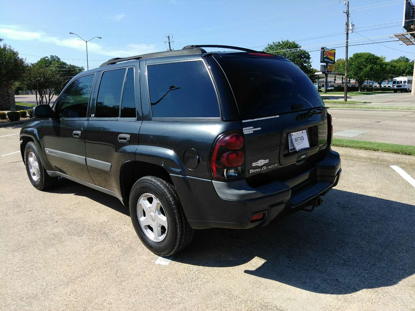 2003 chevy trailblazer 100 for sale in dallas tx 5miles buy and sell. Black Bedroom Furniture Sets. Home Design Ideas