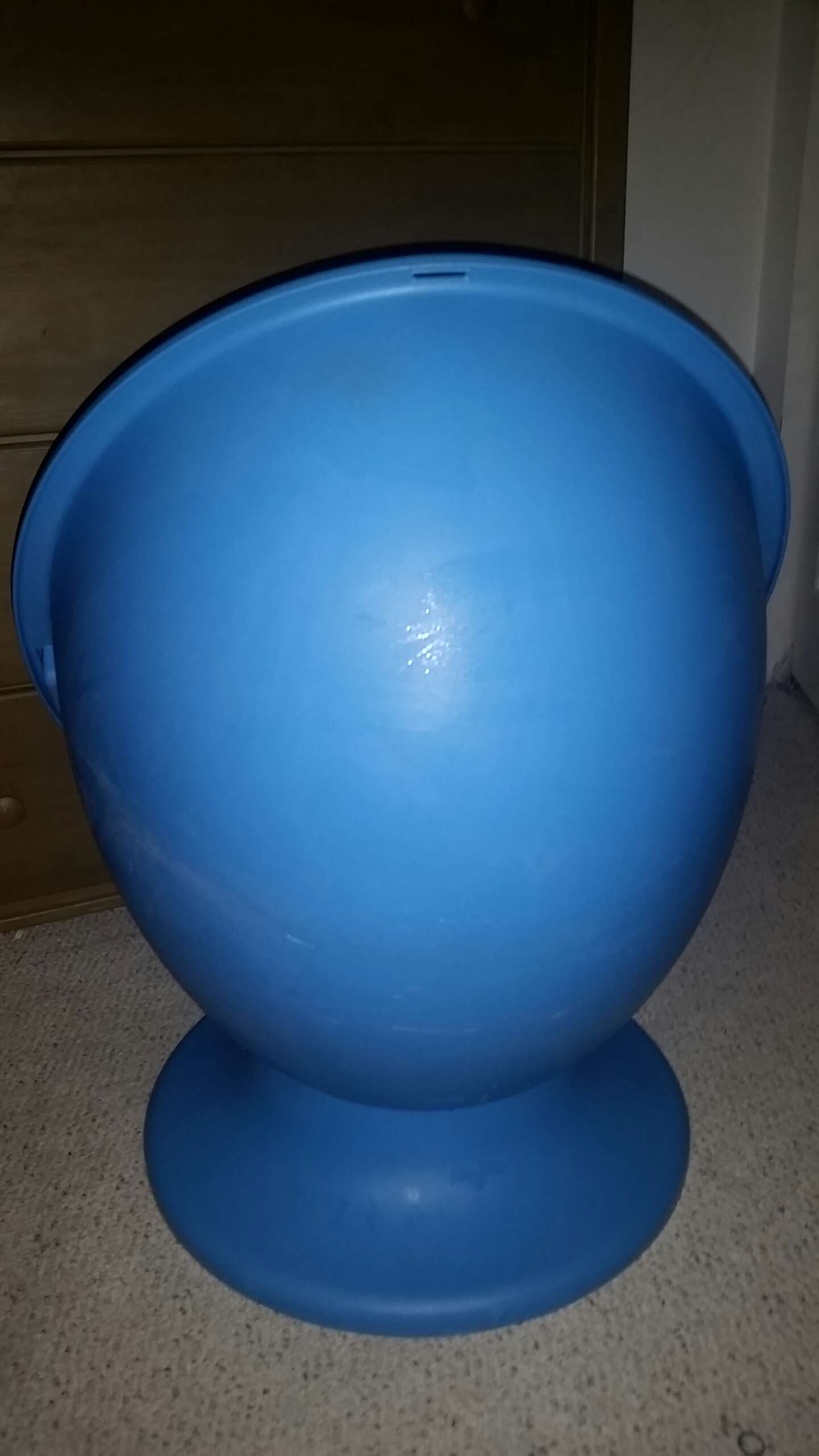 Bubble chairs for under 100 dollars - First Generation Ikea Lomsk Egg Chair Kids