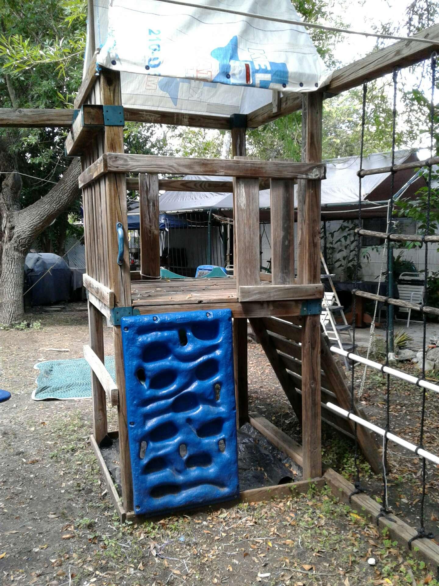 Wood Swing Set For Sale In San Antonio TX