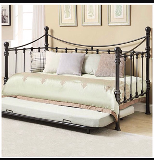 quinn metal twin daybed with trundle twin mattress included - Twin Bed With Mattress Included