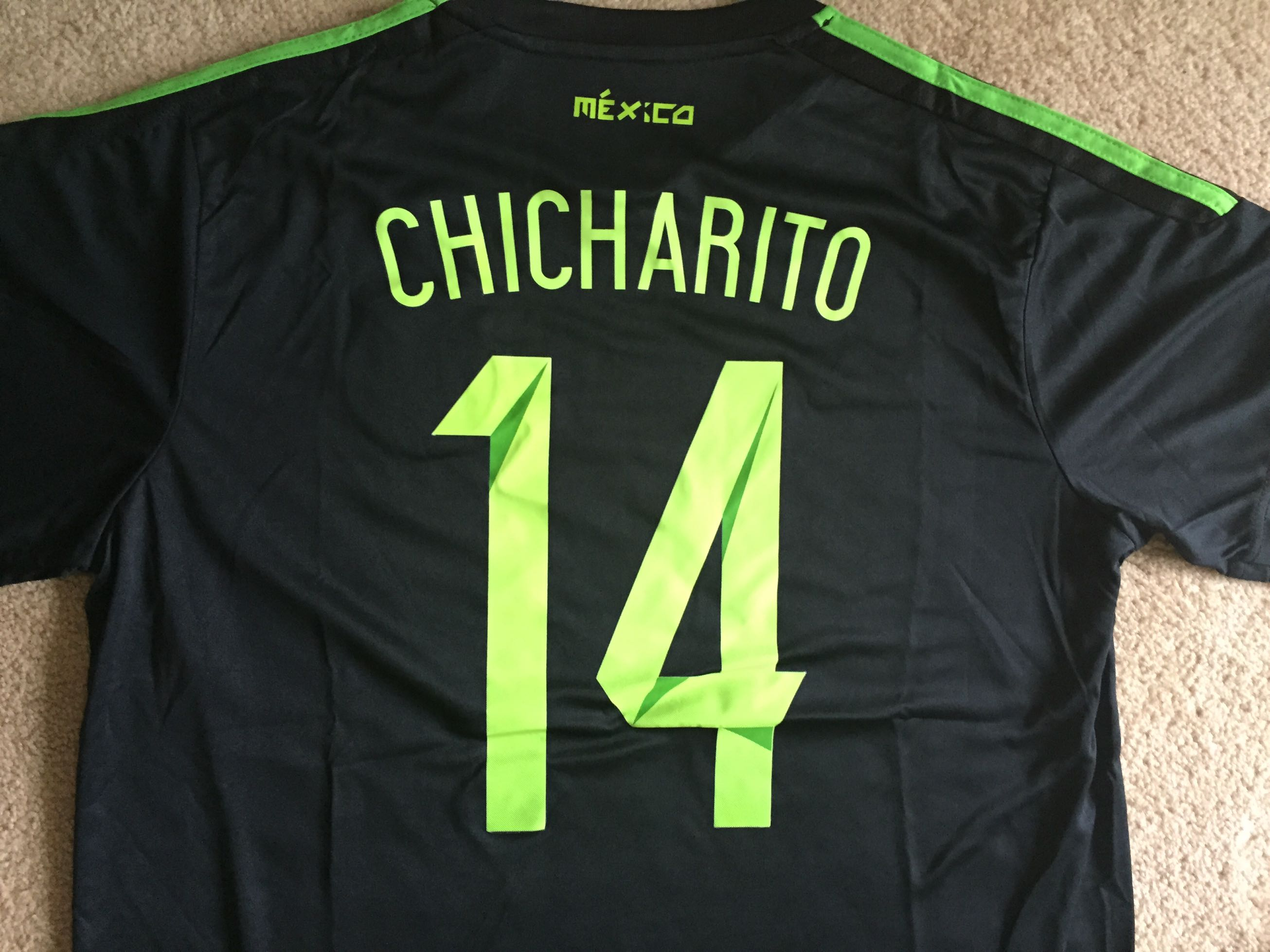 outlet store 20e16 66608 Javier Hernandez Chicharito Mexico Soccer Jersey. Size Large. New with  tags! Best offer! in Houston |$45