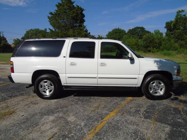 2004 chevrolet suburban lt nicest around excellent. Black Bedroom Furniture Sets. Home Design Ideas