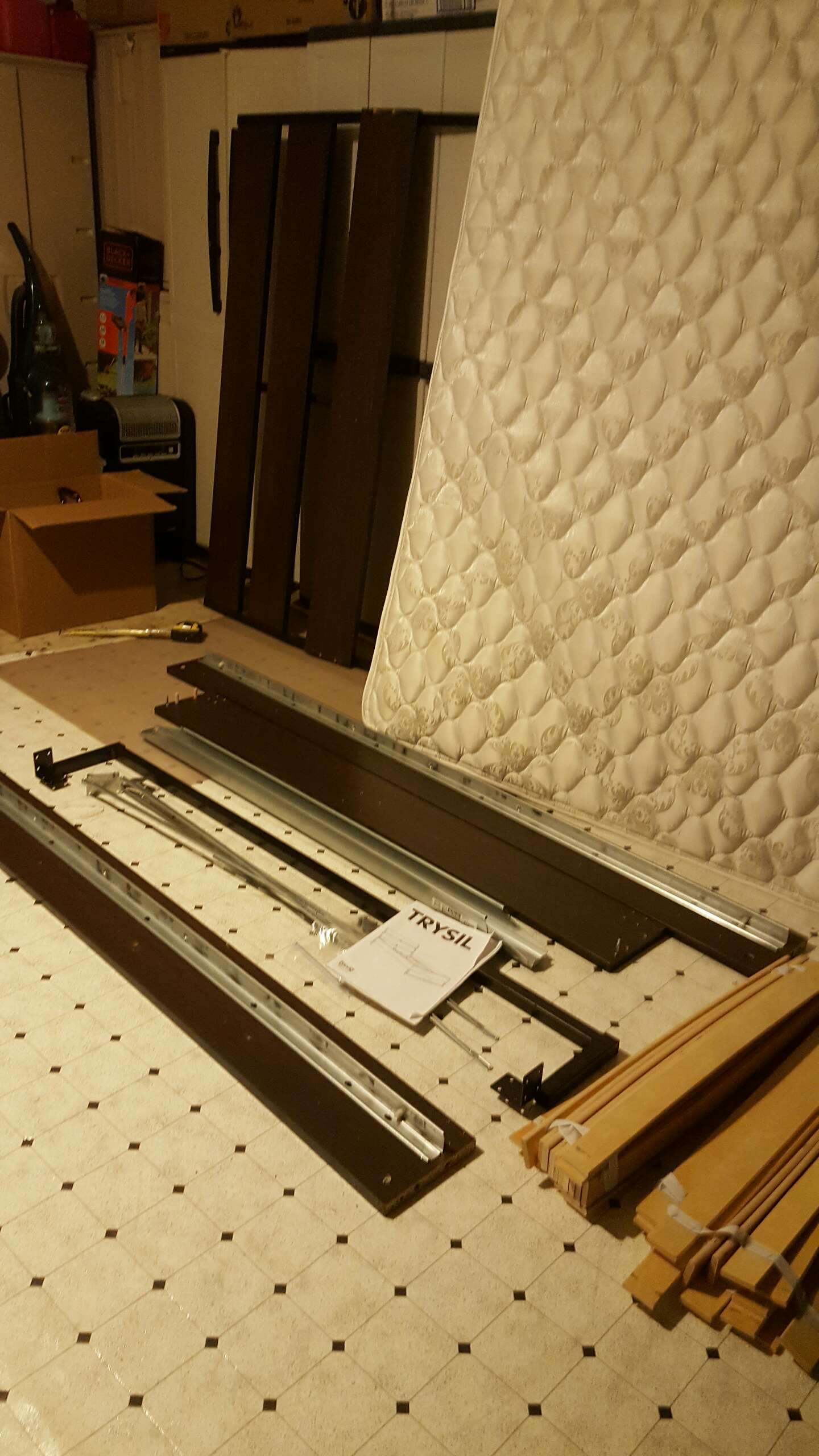 ikea thrysil queen bed frame with hampton rhodes danbury euro top mattress