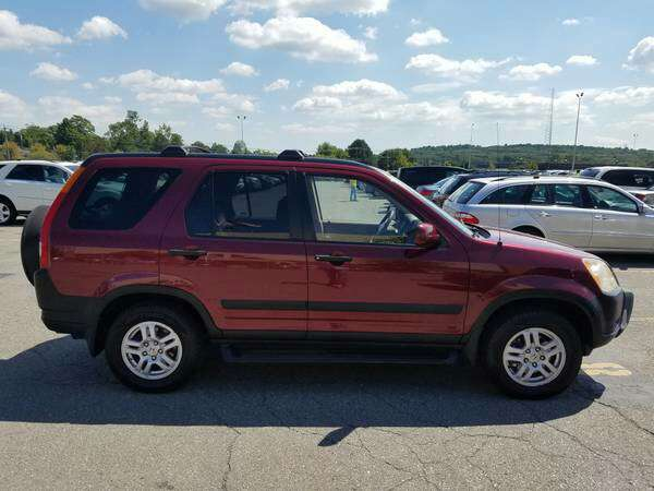 2004 honda cr v ex 4wd suv manual transmission for sale in roxbury ma 5miles buy and sell. Black Bedroom Furniture Sets. Home Design Ideas