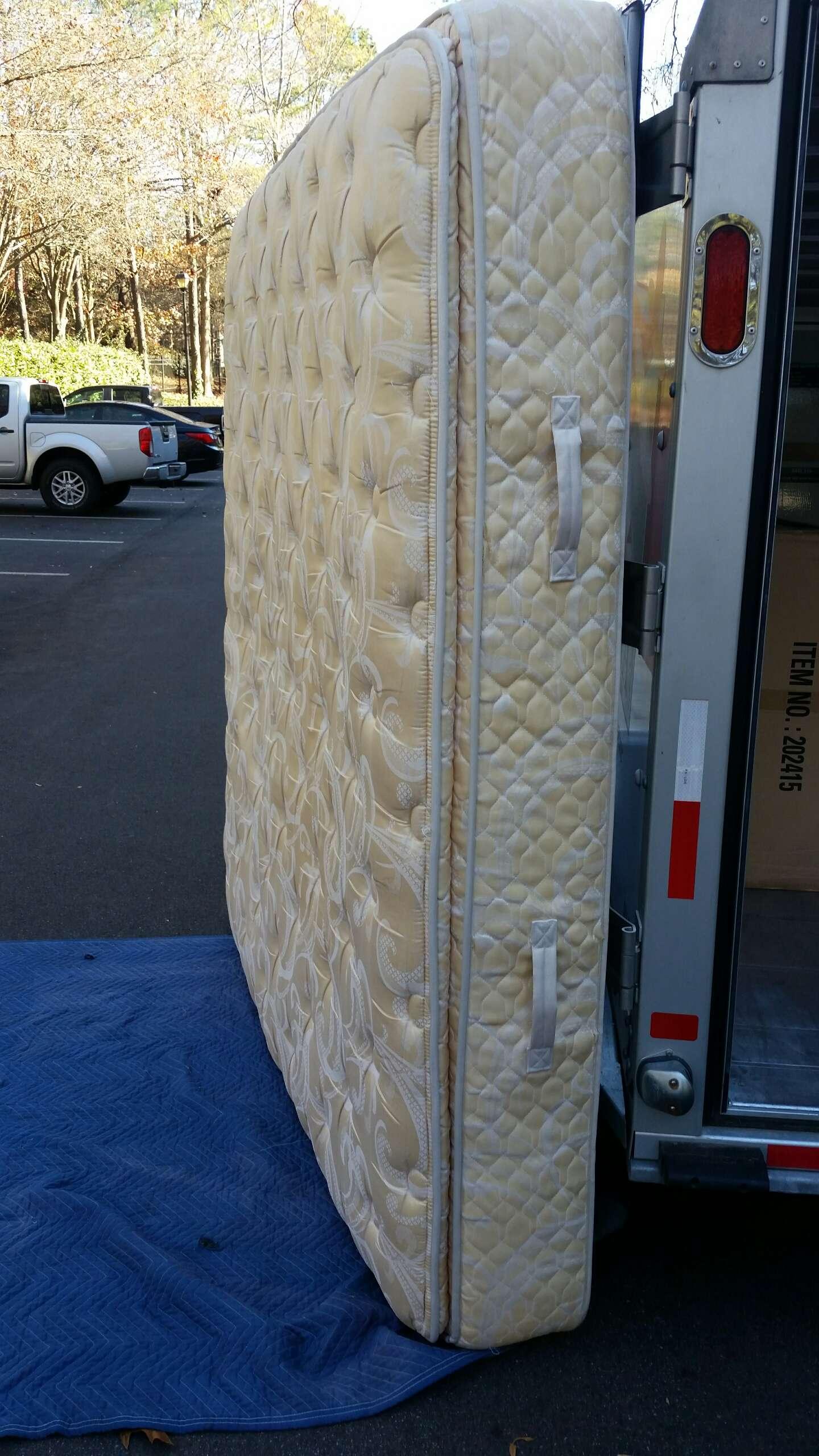 cali king sealy grand bed plush pillow top mattress