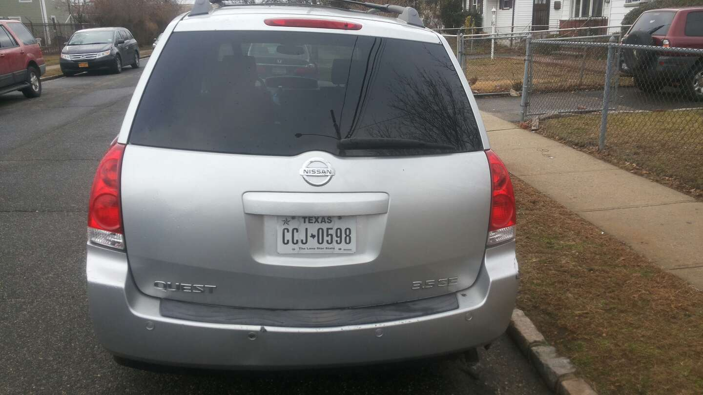 2004 nissan quest s e model for sale in uniondale ny 5miles buy and sell. Black Bedroom Furniture Sets. Home Design Ideas