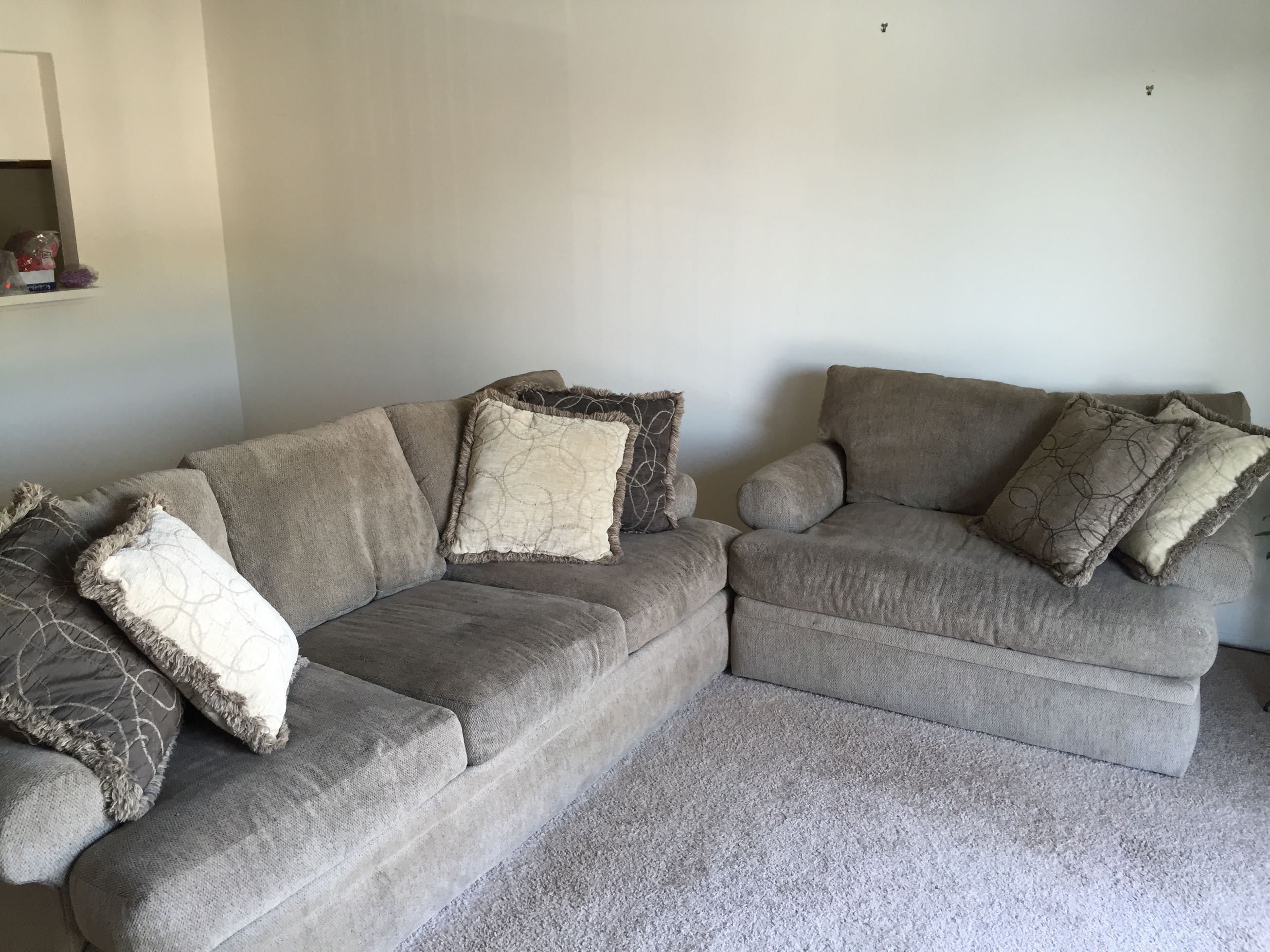 alan white couch   love seat super comfy  for sale in