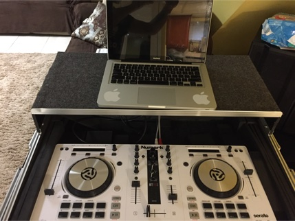 portable dj set for sale in hempstead ny 5miles buy and sell. Black Bedroom Furniture Sets. Home Design Ideas