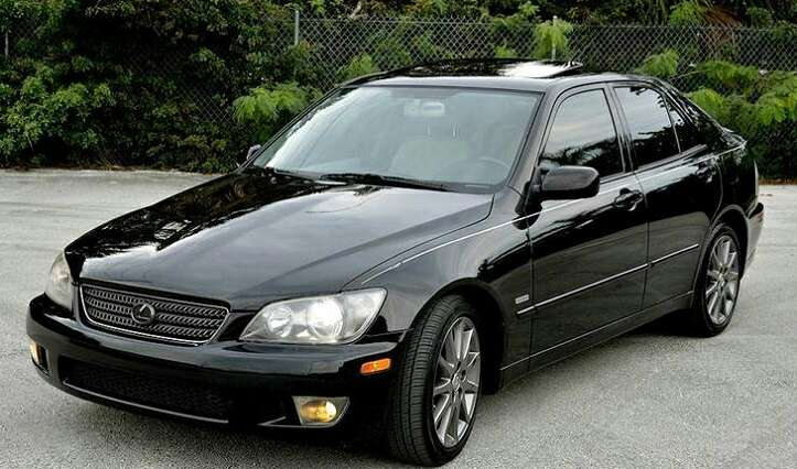 2004 lexus is 300 clean title low miles for sale in. Black Bedroom Furniture Sets. Home Design Ideas